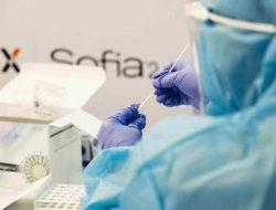 Harga Tes PCR Resmi Turun 45%, Jokowi Masih Tuai Kritik